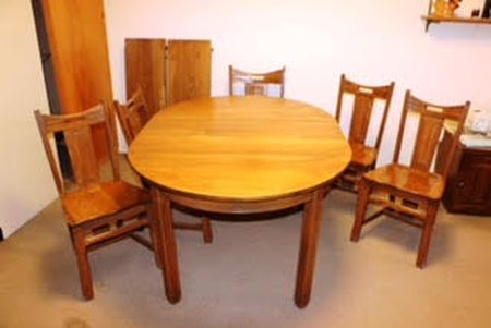 A BRANDT RANCH OAK ROUND DINING TABLE LEAVES IN TX Cowboy - Dining table with 3 leaves
