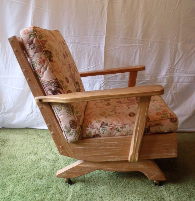 A. Brandt Ranch Oak Platform Rocker with casters-right view