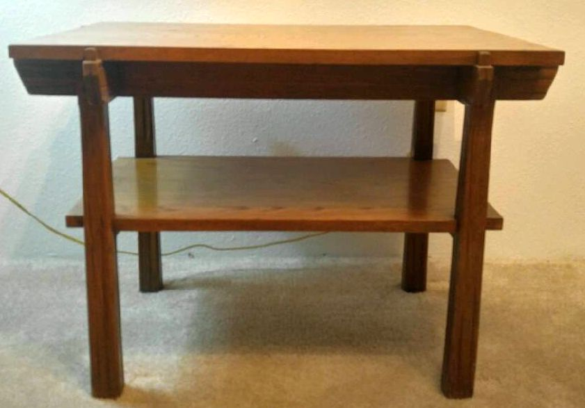 A. BRANDT RANCH OAK END/LAMP TABLE-SIDE VIEW